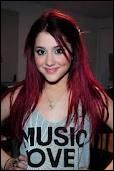 Entre ces chansons, laquelle est d' Ariana Grande ?
