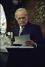 Le grand acteur Richard Widmark est ici l'un des bad guys les plus terribles de l'univers d'Agatha. Il joue l'américain Ratchett. Dans quel film tiré de quel roman ?