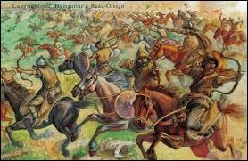 En 451, son ancêtre légendaire Mérovée (dont l'existence réelle est controversée) aurait remporté avec ses alliés Gallo-romains, la bataille des champs catalauniques. Cette victoire a mis fin aux invasions de quelle peuplade venue de l'Est ?