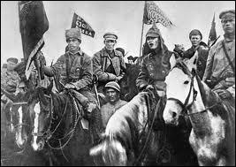 A la fin de quelle année commence la guerre civile russe, entre rouges et blancs ?