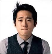 Glenn est incapable de mentir et il a coup sur coup deux lourds secrets à garder. Lesquels ?
