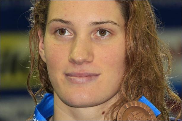 Qui est cette nageuse française ?