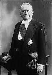 De quoi meurt Gaston Doumergue à 74 ans le 18 juin 1937 ?
