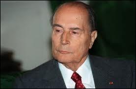Agé de 79 ans, François Mitterrand meurt d'un cancer de la prostate le 08 janvier 1996. Où est-il décédé ?