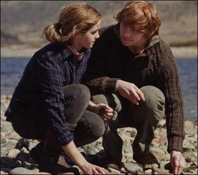 Comment s'appellent les enfants qu'Hermione a avec Ron ?