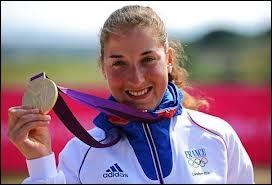 Qui est cette championne, médaille d'or en VTT ( cross-country ) ?