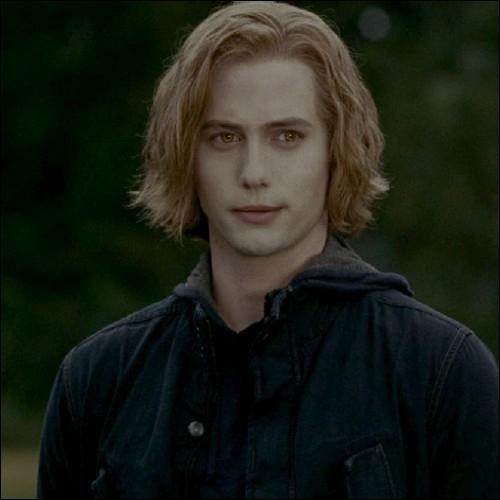 Pourquoi Jasper vote-t-il oui pour la transformation de Bella ?