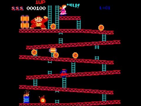 Dans Donkey Kong, le premier jeu où Mario apparaît, comment se nomme le plombier alors charpentier dans le jeu ?