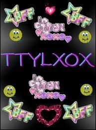 Comment s'appelle l'artiste qui a chanté  Ttyloxox  ?