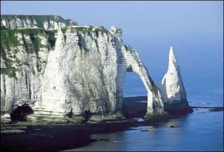 Les falaises d'Etretat se situent en :