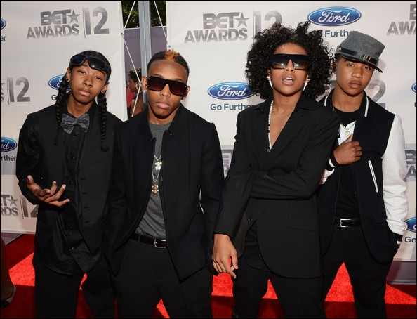 roc royal dating quiz Mediatakeoutcom confirmed that mindless behavior singer roc royal, gov't name chresanto romelo august, is state property for the next two years roc was.