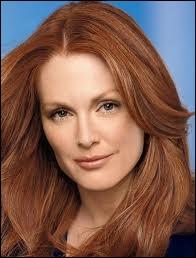Julianne Moore, actrice réputée, connue pour sa chevelure rousse, est-elle rousse naturelle ?