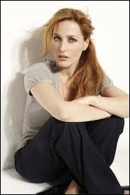 Gillian Anderson, qui tint si bien le rôle de l'agent du FBI Dana Scully, est-elle une rousse vénitienne naturelle ?