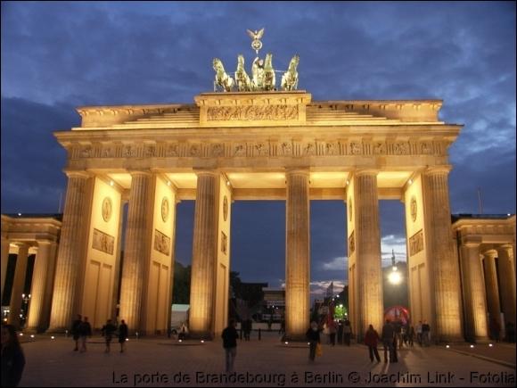 Où se situe ce monument ? Porte de Brandebourg
