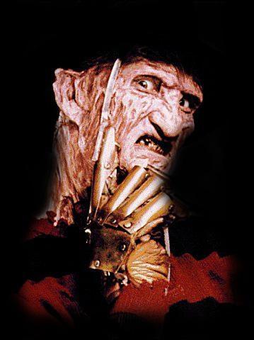 Qui a interprété Freddy Krueger, tueur en série et un gentil extra-terrestre dans la série télévisée V ?