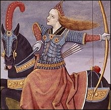 Lors de la guerre de Troie, Penthésilée, reine des Amazones, aurait organisé une expédition. Quel était le but de celle-ci ?
