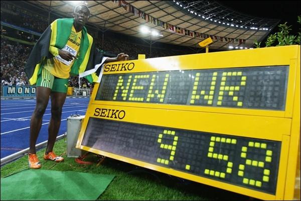 Sport : Qui détient le record du monde du 100m en 9'58 s ?