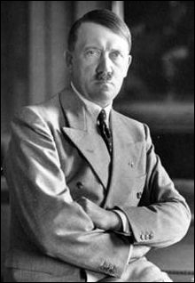 Histoire : En quelle année Hitler a t-il été nommé chancelier ?