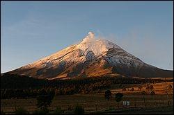 Le Popocatepetl campe sur le continent américain.