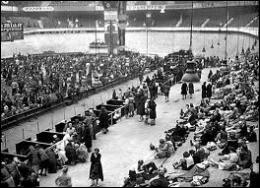 Dans quel lieu ont été réunies les victimes de la grande rafle des juifs en juillet 42 à Paris, organisée conjointement par l'occupant nazi et le régime de Vichy ?