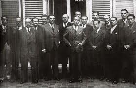 Quelle organisation a-t-il créée pour coordonner les différents mouvements de la Résistance intérieure française et de la France libre ?