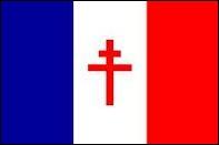 """Par quel emblème son drapeau se différencie-t-il de celui de la France """"occupée """" ?"""