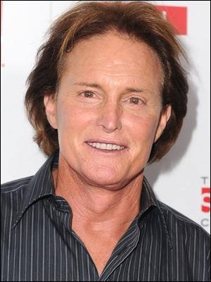 Bruce Jenner, beau-père des Kardashian est connu pour. .