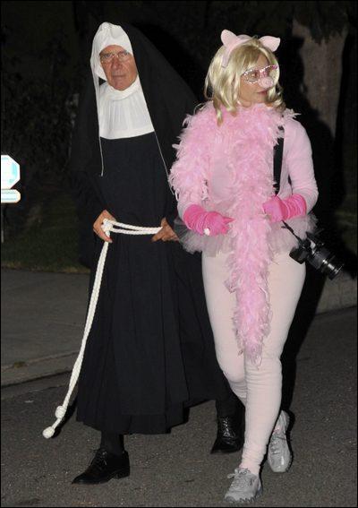 Déguisés en nonne et en Piggy, les reconnaissez-vous ?