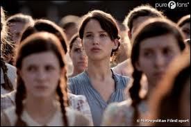 Pourquoi Katniss part-elle dans les Hunger Games ?