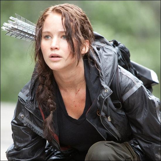 Où Katniss se fait-elle brûler dans l'arène ?