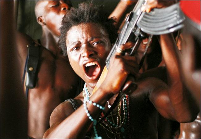 C'est un film de Jean-Stephane Sauvaire qui raconte l'histoire d'un enfant soldat abreuvé d'imageries hollywoodiennes, qui vole, pille et tue dans une Afrique ravagée par des guerres absurdes.
