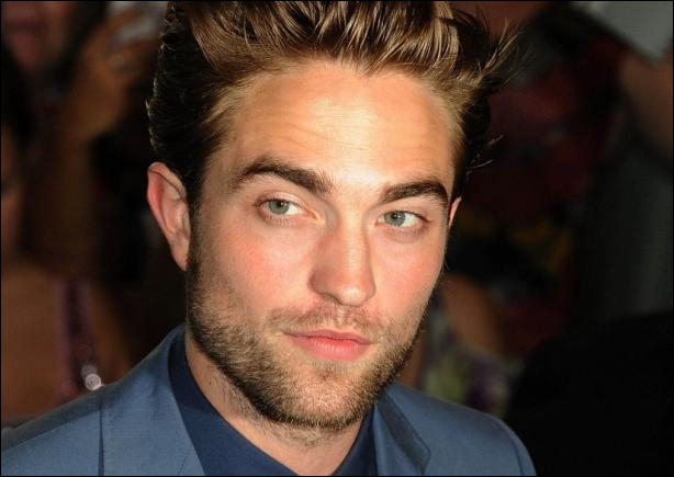En quelle année a-t-il été élu l'homme le plus beau du monde ?