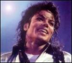 La chanson   I Just Can't Stop Loving You   a été écrite en plusieurs langues