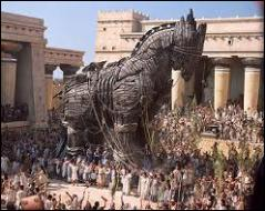 Qui imagina le statagème du cheval de bois pour s'introduire dans la ville de Troie ?