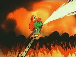 Comment s'appelle ce petit dragon pompier ?