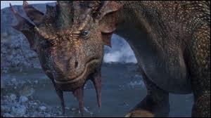 De quelle saga cinématographique ce dragon est-il issu ?