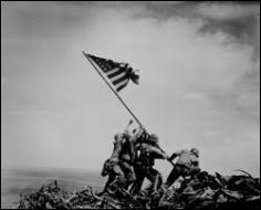 Quelle est la résolution prise en commun pour hâter la fin de la guerre entre les États-Unis et le Japon ?