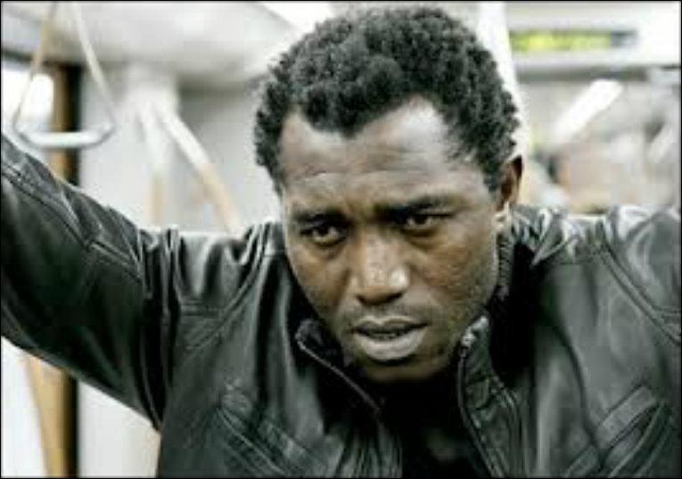 Acteur, danseur et musicien né en 1966 à Ouagadougou, je suis le fondateur du Cito. J'ai joué dans  Si le vent soulève les sables...   en 2006 et  Home for christmas  en 2010. Je suis...