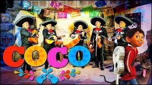 Comment appelle-t-on généralement ce groupe de musiciens typiquement mexicain ?
