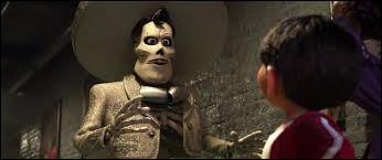 Miguel découvre qu'Ernesto de la Cruz est un assassin. Ce dernier va tenter d'éliminer Miguel en le précipitant personnellement...