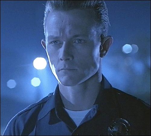 Qui est le méchant dans  Terminator 2  ?
