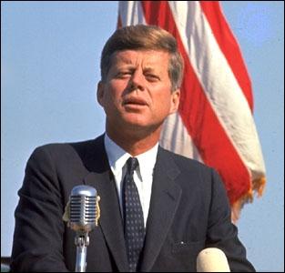 John Fitzgerald Kennedy fut le seul président des Etats-Unis ayant appartenu à la religion :