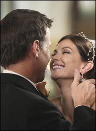 Dans la saison 4, alors que Susan est enceinte, Mike se drogue et la pousse accidentellement dans les escaliers. Susan lui pose alors un ultimatum.