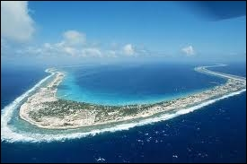 Après avoir fait des essais nucléaires en Algérie, la France est allée pourrir un atoll merveilleux : Mururoa. Il fait partie des îles...