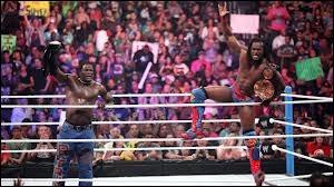 Qui étaient les adversaires de Kofi Kingston & R-Truth ?