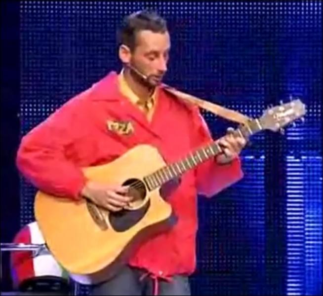 Dans ce sketch d'Arnaud Cosson :  La mode des concerts à domicile , trouvez la suite des paroles de sa chanson :  Quand on est jeune la Terre entière on voudrait la r'tourner, quand on est vieux...