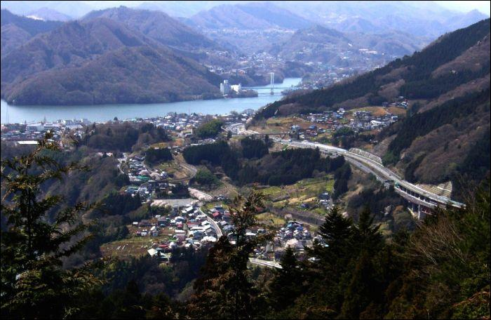 Quelle cité n'est pas une ville de la mégalopole japonaise ?