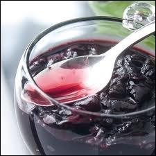 Elle est le fruit le plus sucré parmi les fruits rouges. Le Vaucluse en est le premier producteur.