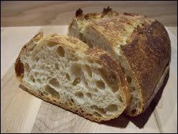 On le dit pain d'antan.