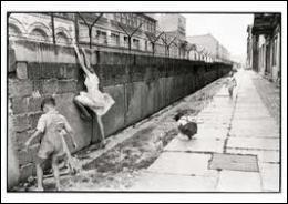 Comment les Allemands de l'Ouest et les Occidentaux surnommaient-ils le mur ?
